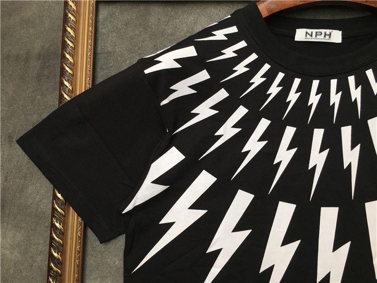 2019 nuevos hombres de verano Marca cuello blanco rayo impresión manga corta camiseta Diseñador camiseta Camisetas camisetas unsex camiseta de algodón tops