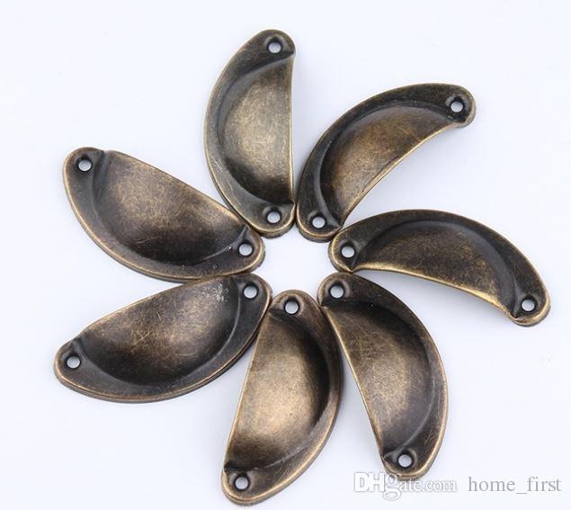 Antiguidade Europeia 4 Cor Gavetas Do Armário Do Vintage Gavetas Marisco Pele de Ferro Semicírculo Móveis Latão Shell Pull Handles