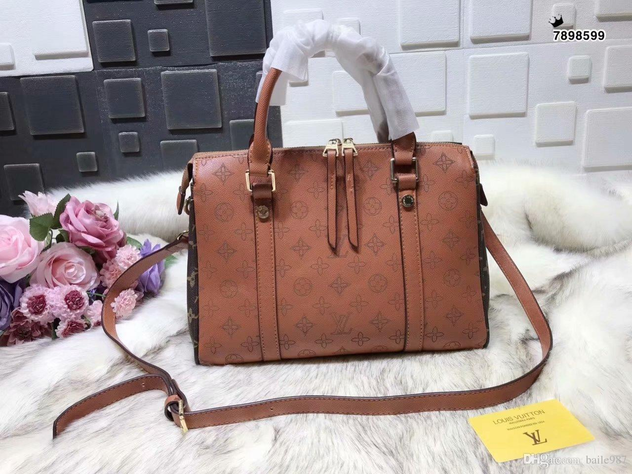 2e6c17e195 2018 Styles Handbag Famous Designer Brand Name Fashion Leather Handbags  Women Tote Shoulder Bags Lady Leather Handbags Bags Purse 32 23 13CM  Messenger Bags ...