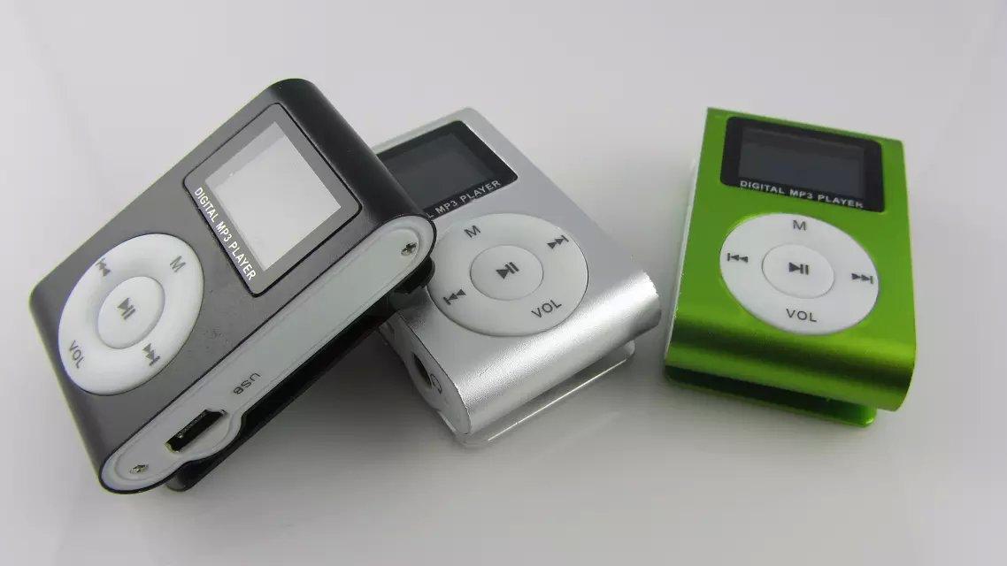 Mini giocatore di musica Mp3 della clip con lo schermo LCD FM portatile Digital i Nuovo commercio all'ingrosso / Trasporto libero del DHL