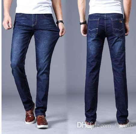 Compre Jeans Clásicos De Los Hombres De La Marca De Gran Tamaño Pantalon  Recto Homme Jean Slim Angustiados Diseño De Los Pantalones De Motorista  Negro ... 04e252aa6dd0
