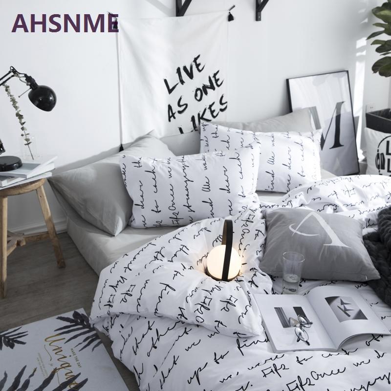 a42479b70d Compre AHSNME 100% Algodão Lençóis Modernos Minimalistas Roupas De Cama  King Size Duplo Bedcover Preto E Branco Padrão Geométrico Duvet Cover De  Diaolan
