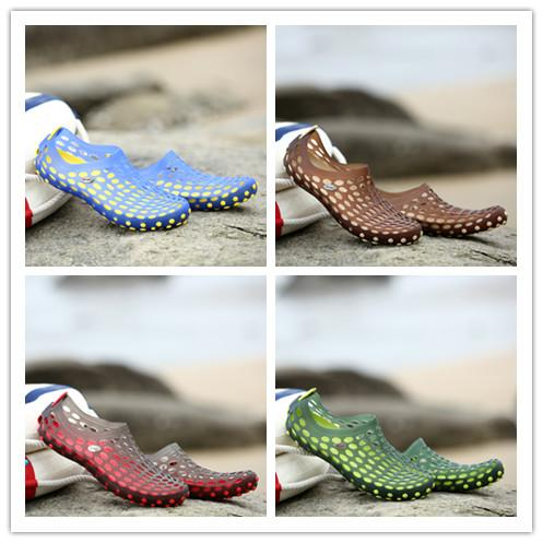b0ffd79f8f7b Summer Beach Sandals Hole Shoes Couple Shoes Outdoor Sport Sandals ...