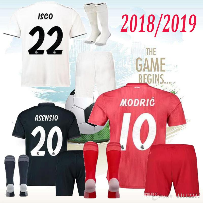 7e3f6077a 2019 Newest 18 19 Real Madrid Men Soccer Jersey Kits Socks Jerseys Third  RED 2019 2019 HOME Asensio BALE RAMOS Football Shirts AWAY ISCO Casemiro  From ...