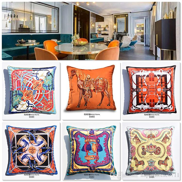 Embroidered Luxury Pattern carriage Signage H soft velvet material Pillow Case Cushion Cover Family Fabric Decoration Pillow cushion cover