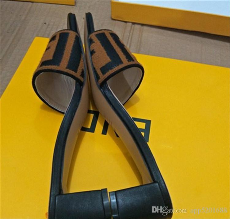26750071ec62a4 Acquista Sandali Di Alta Moda Di Marca Di Punta Di Vibrazione Di ...