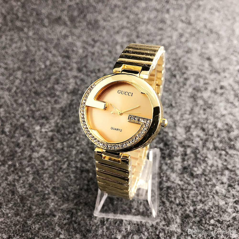 ab456afc7982 Compre Chasy Marca De Lujo Caliente Señoras Vestido Casual Reloj De Cuarzo  Moda Oro Todo Acero Cristal Oso Señora Personalidad Diseño Reloj Relogios A  ...