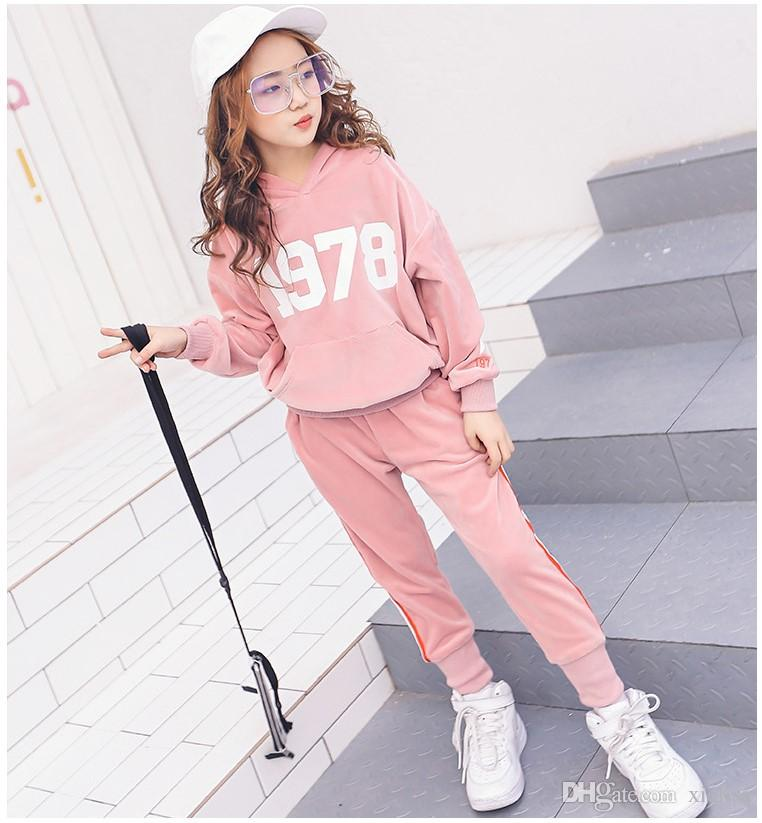 Children clothes 2018 Spring Velvet Two-piece Set Girls Sport Suits Long Sleeve Striped School Girl Outfit Kids Teens Clothes pink black