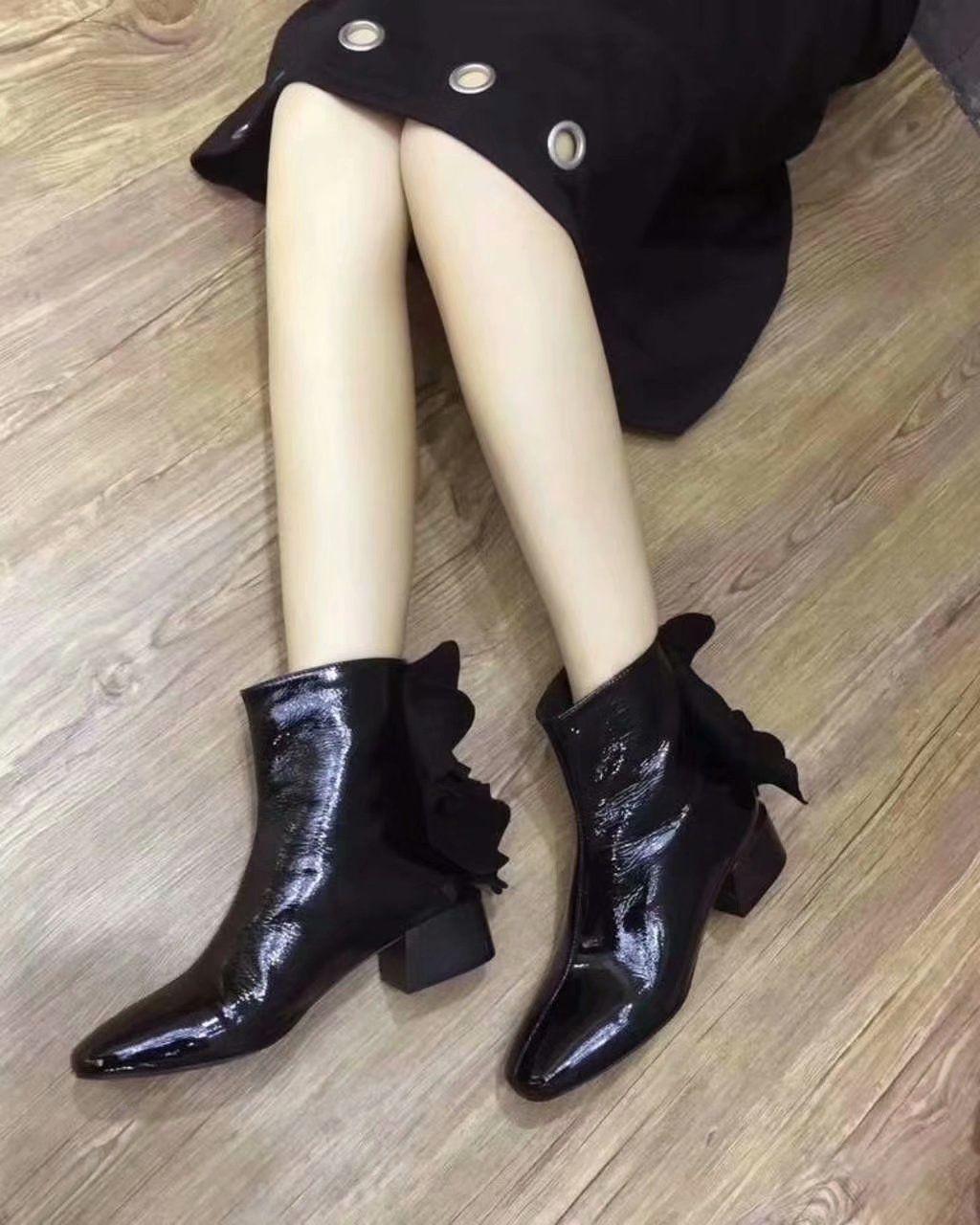 2bd7a017c3 Compre Botas De Couro De Patente Wrink Feminino Low Heel Designer Moda Zip  Boots Com Caixa De Fashion_hot_shoe, $155.01 | Pt.Dhgate.Com