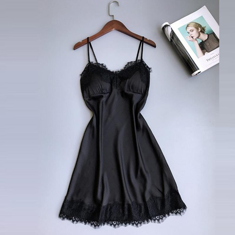 M / L / XL été nouvelle arrivée dentelle satin chemises de nuit des femmes v-cou vêtements de nuit avec soutien-gorge coussin bretelles lingerie ensemble chemise de nuit