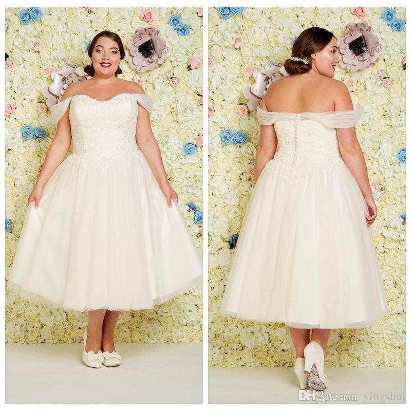 Robe De Mariée Taille Plus Asymétrique Classique Et Courte Avec Perles Blanc Ivoire En Tulle A Line Robe De Mariée Vintage