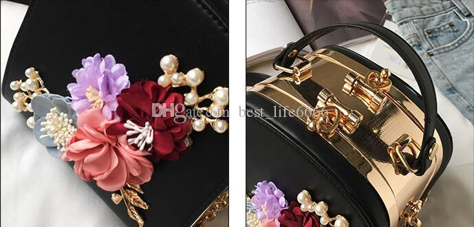 free The new Korean version of the metal clip trend camera small square bag fashion dinner flowers single shoulder cross-over handbag