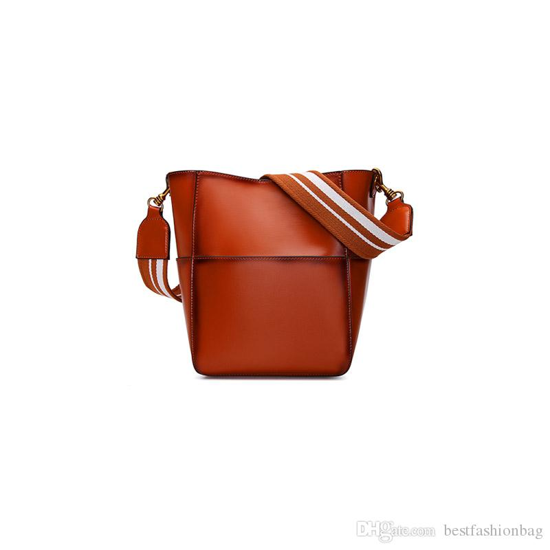 a86dec293b 2018 Vintage Fashion Genuine Leather Bucket Bags Women Famous Brands  Designer Real Cow Leather Shoulder Bag Crossbody Messenger Bags Brown