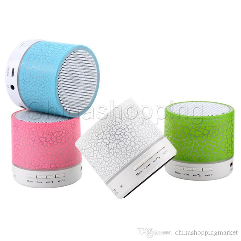 Mini A9 Altavoz Bluetooth Altavoces inalámbricos LED Color Flash Manos libres Estéreo Altavoz Radio FM Tarjeta TF USB para computadora de teléfono móvil