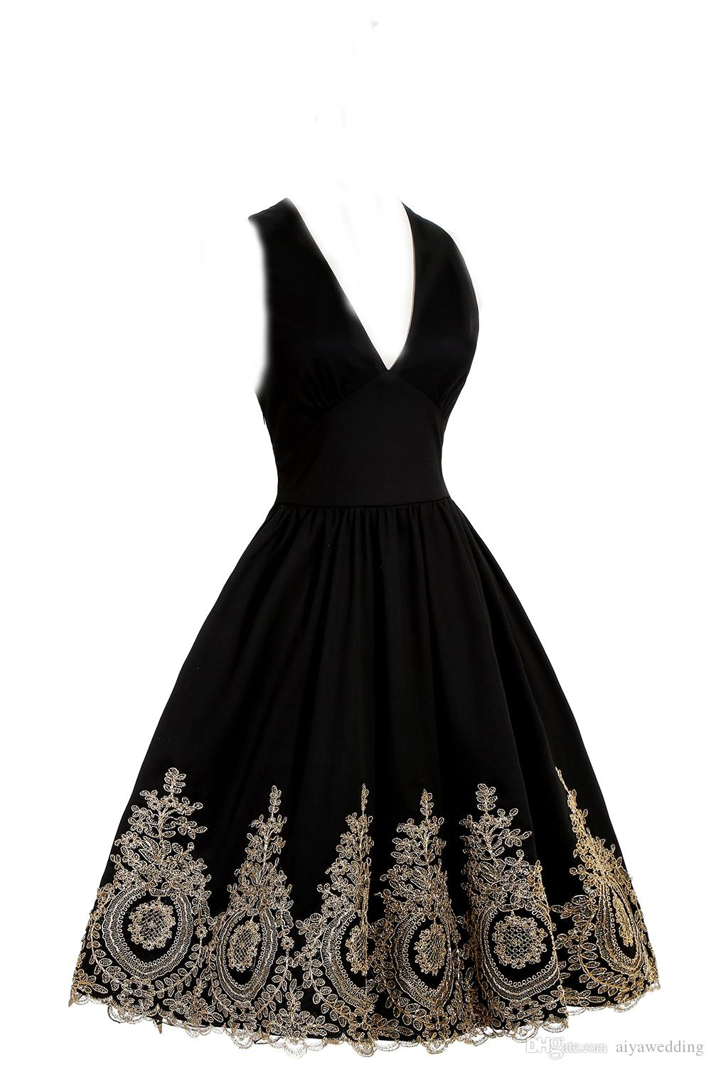 Vestido de Festa Curto Sexy Backless Embroidery Lace Homecoming Dresses Burgundy Black Short Prom Party Dresses