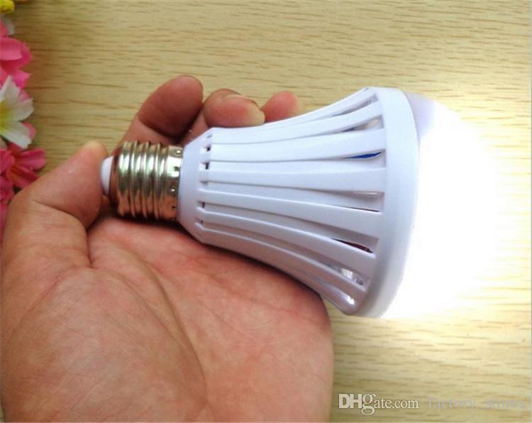 E27 7W 9W 12W 15W LED Lâmpada de emergência Lâmpada Luz da água Manual / Controle automático 180 graus de luz Os vendedores ambulantes usam 2019