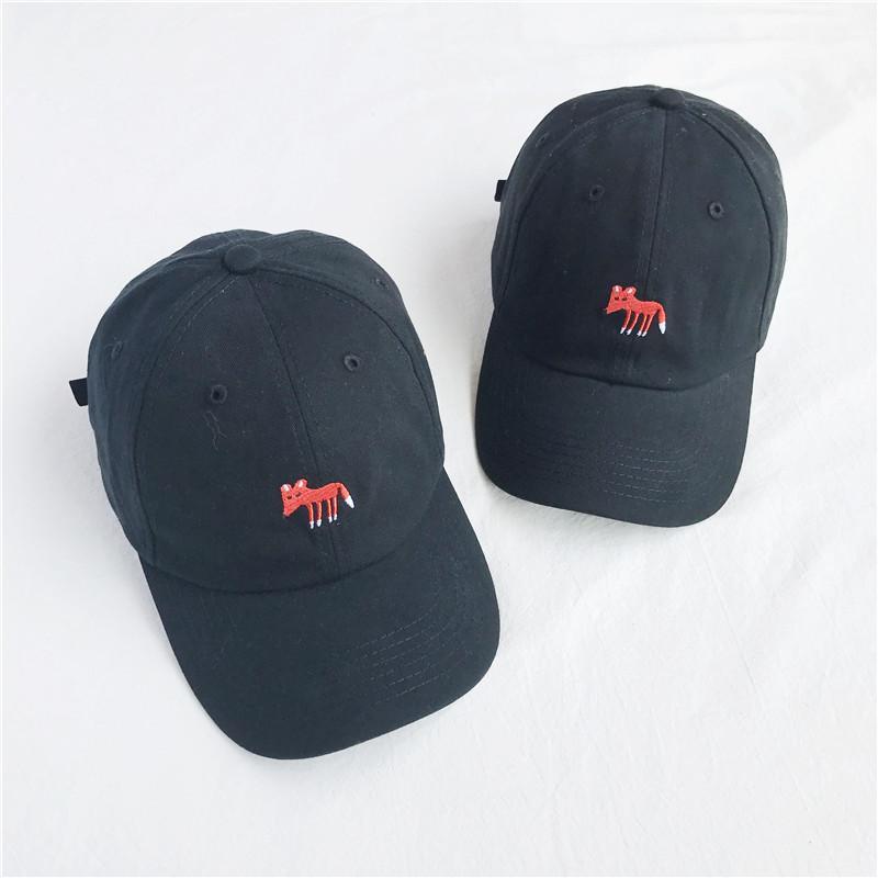 a4120d63a 2018 New Cotton Fox Cap Female Embroidery Solid Color Baseball Cap Men s  Summer Hats Newest Cheap Wholesale