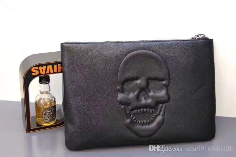 2018 new stylish envelope bag handbag, high quality leather skull decoration! Men's Car Race Casual Bags, Wholesale and Retail + Free Shippi