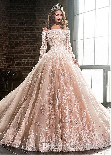 Vintage Long Sleeve Lace Appliques 2020 Ball Gown Wedding Dresses Luxury Flowers Puffy Champagne Quinceanera Dress
