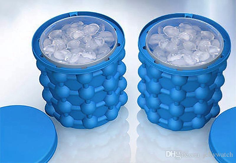 20 adet Buz Küpü Maker 10 * 10 cm Mini Genie Devrimci Uzay Tasarrufu Ice Cube Maker Buz Genie Mutfak Araçları Dünya Kupası Parti Oyuncaklar