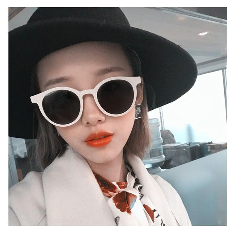 2018 New Korea V Brand Designer Cat Eye Sunglasses Women Pink Candy Round  Tinted Lens Sun Glasses For Ladies Luxury Shades UV400 Designer Sunglasses  ... 0eaf950ba8