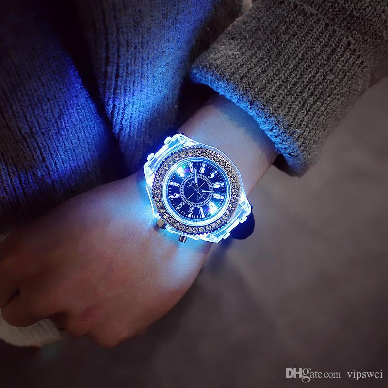 Diamant lumineux montre USA tendance tendance hommes femme montres amant couleur gelée LED Silicone Genève étudiant transparent montre-bracelet couple cadeau