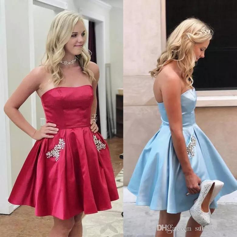 db9387d51d1ce 2018 Curto Strapless Homecoming Vestidos de Cristal Bolsos Plus Size Céu  Vermelho Escuro Claro Azul Formal Vestidos de Festa Ruched Barato Vestidos  de Baile
