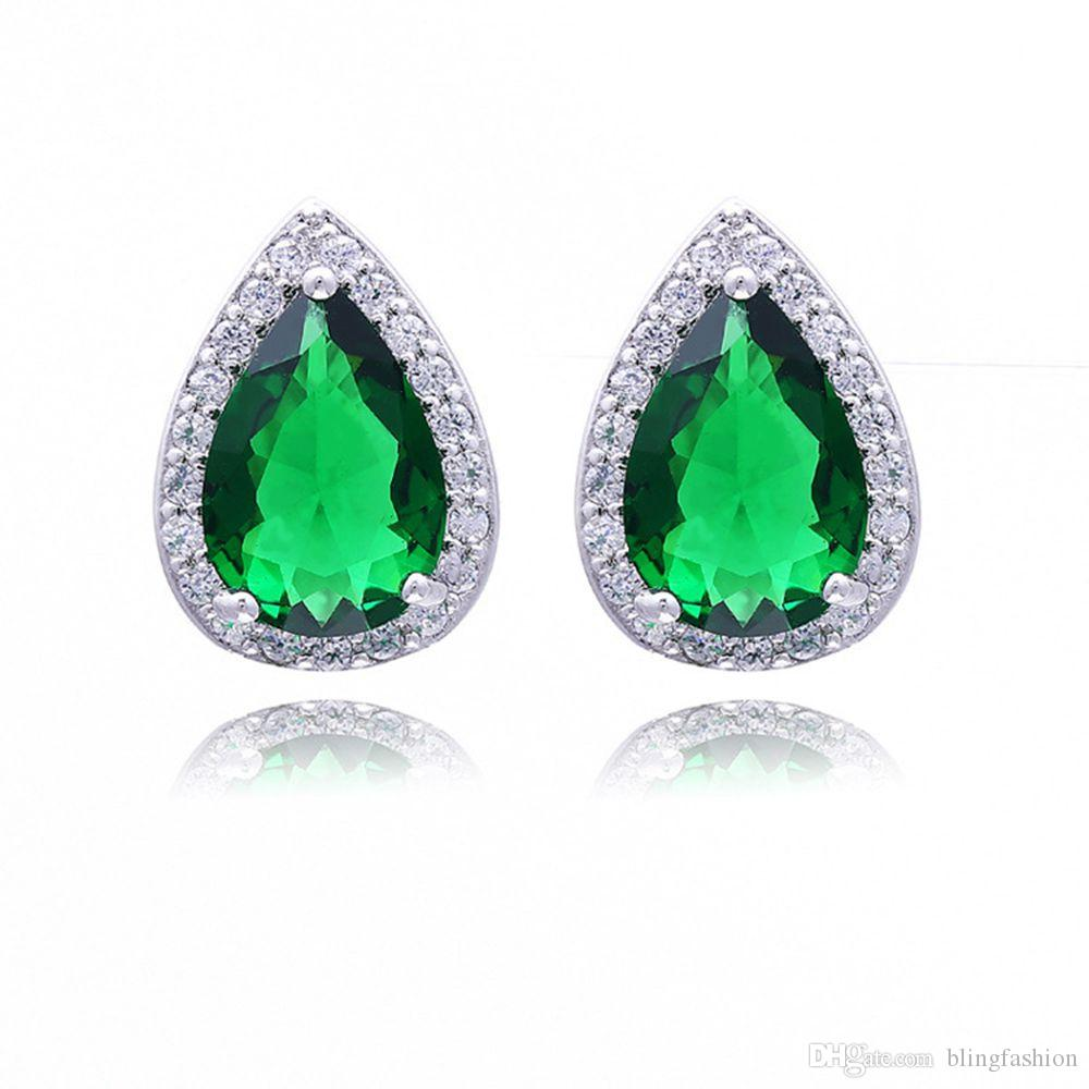 Emerald Heart Earrings 18k White Gold Filled Luxury Sparkling Womens Stud Earrings Beautiful Gift Wedding Party Accessories