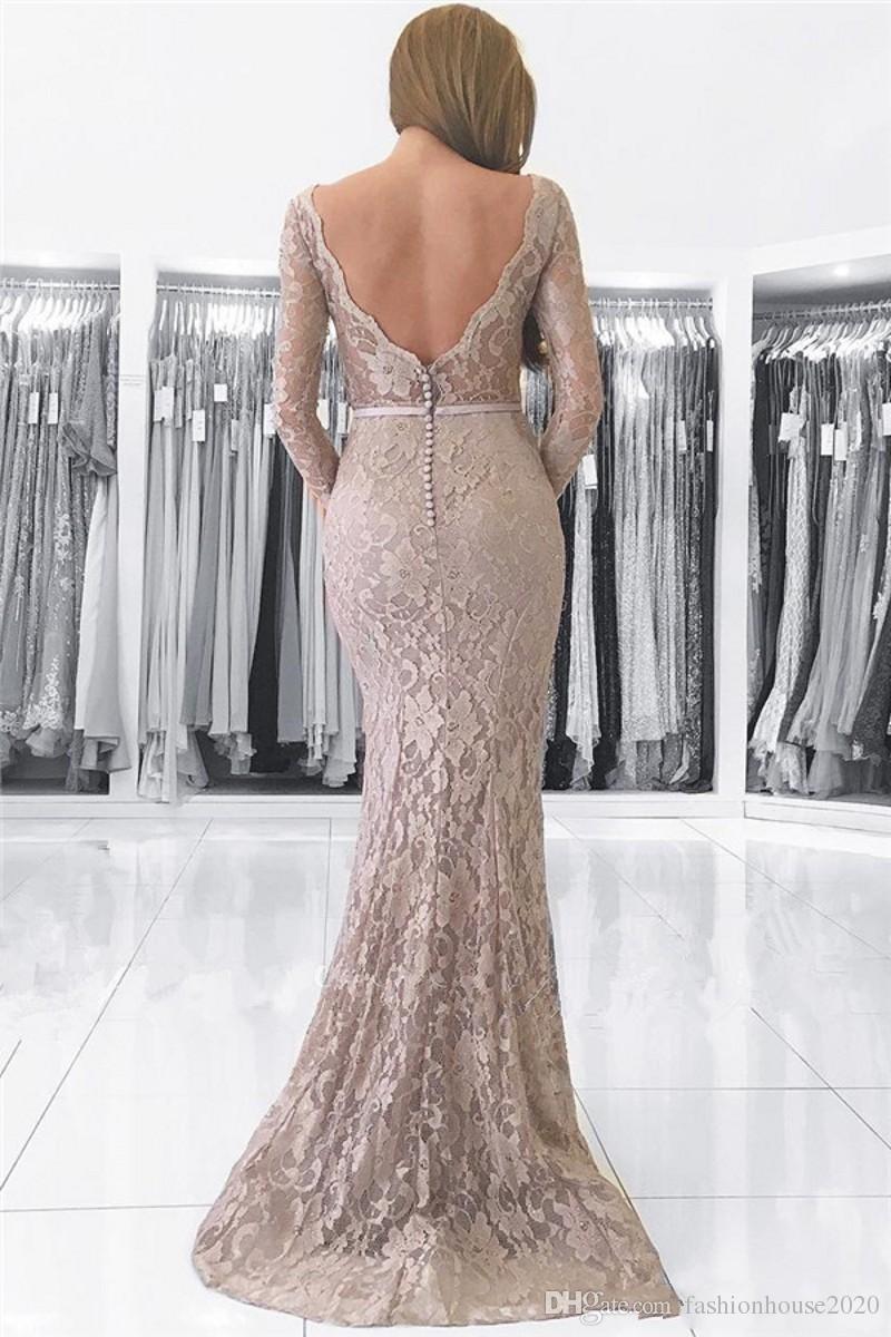 2018 Mermaid Full Lace Appliques Plus Size Mutter der Braut Kleider V-Ausschnitt mit langen Ärmeln Backless Swee Zug Hochzeitsgast Abendkleider