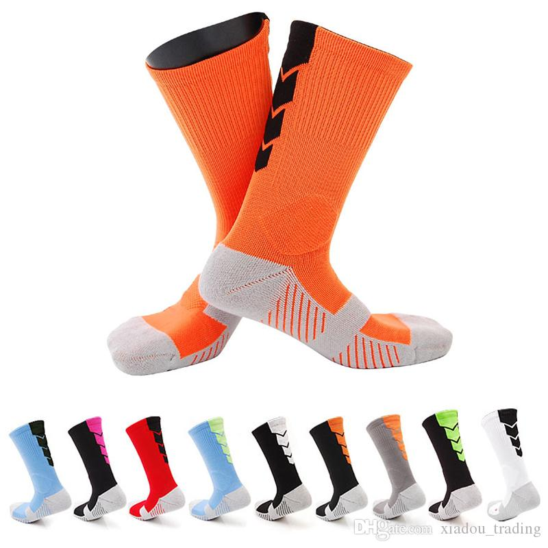 70ff393e8 2019 2017 Thicker Men Towel Bottom Basketball Training Socks Breathable  Anti Slip Soccer Riding Fitness Knee High Male Compression Socks From  Xiadou trading ...