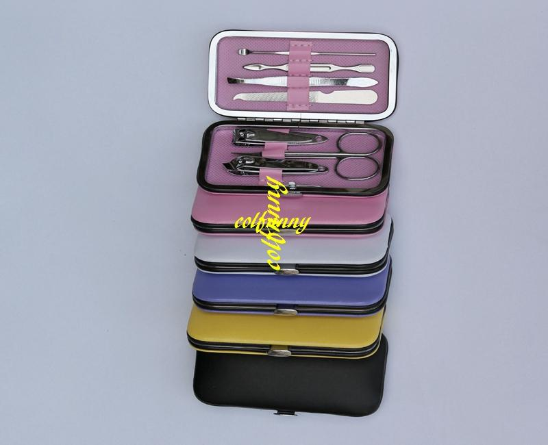 Fast shipping Portable Manicure Set Nail Care Clippers Scissors Travel Grooming Kits random color