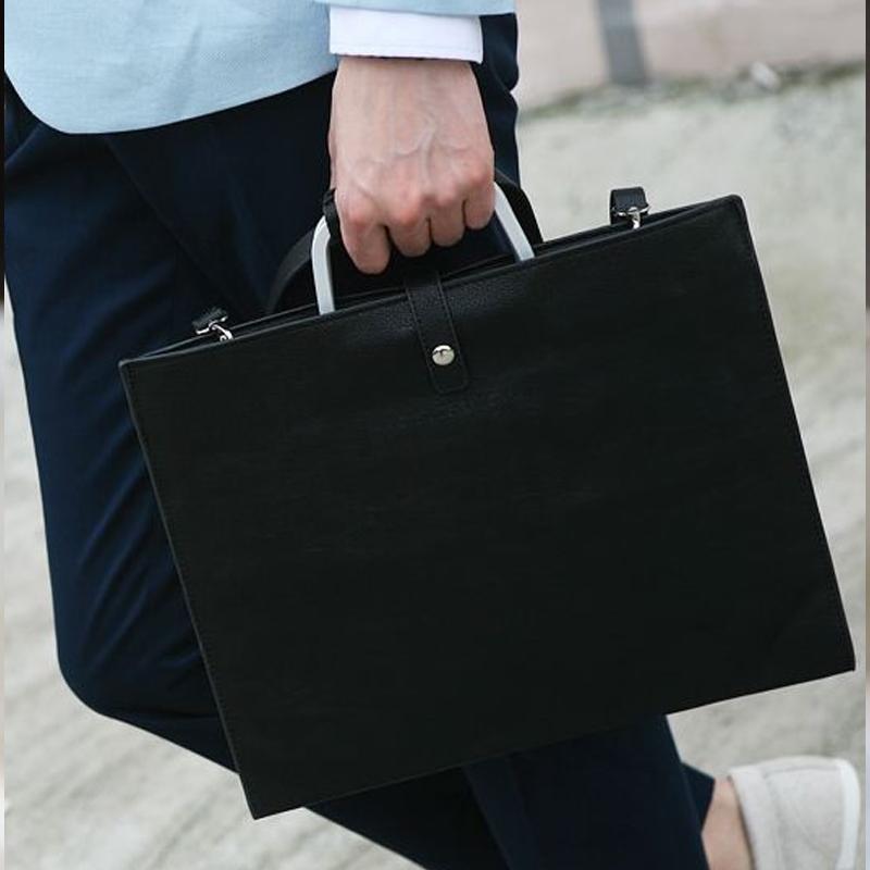 305dac77666 2018 Men Top Handle Handbags Black Pu Leather Laptop Briefcase Men Tote  Work Bag A4 Large Capacity Hand Bag Bolsas Women Handbags Weekend Bags From  Flaky