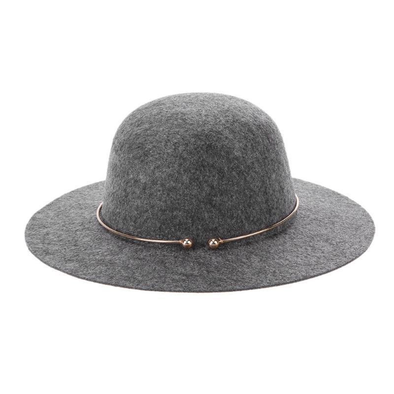 fcbccbd3e43fc Compre Chapéu Fedora De Lã Das Mulheres Na Moda Com Anel De Metal Do  Vintage Aba Larga Jazz Cap Feminino Elegante Top Hat De Ylingnei