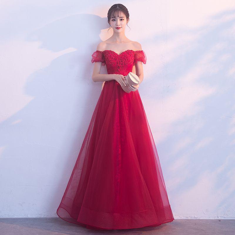 2019 Off spalla grigio pizzo abiti da sera sexy illusione manica corta in rilievo tulle backless red carpet celebrity abiti del partito prom