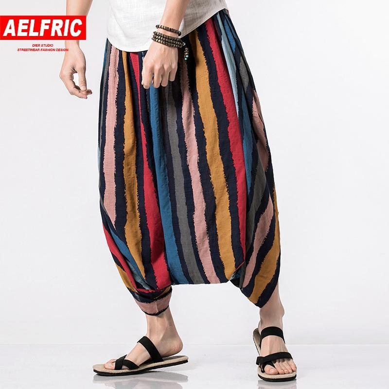 Acquista AELFRIC 2018 New Summer Hip Hop Pantaloni Casual Al Polpaccio  Uomini Stripe Harem Joggers Maschio Bohemia Bermuda Board Pantaloni A Gamba  Larga ... e637c4da2e81