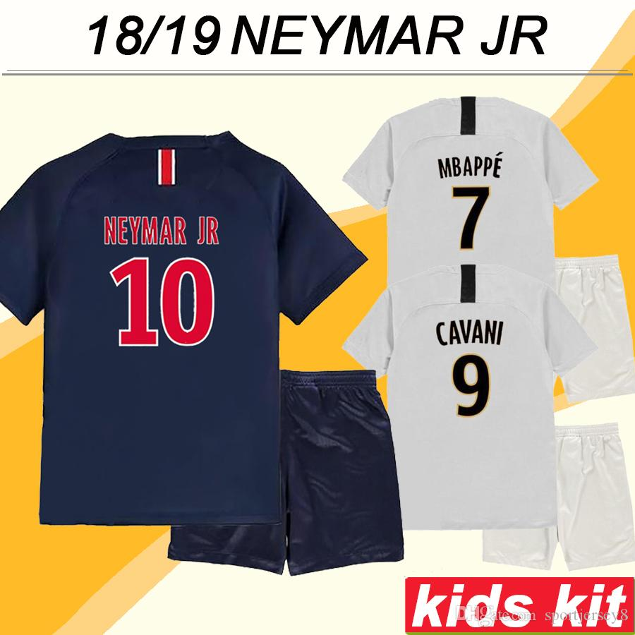 5d1dced764bb3 Compre 2018 19 NEYMAR JR Kid Kits Camisetas De Fútbol MBAPPE CAVANI Inicio  Camisetas De Fútbol Para Niños Top Quality DI MARIA T.SILVA Uniformes  Cortos A ...