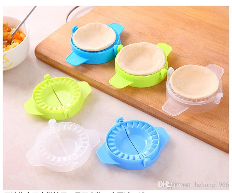 DIY Practical Kitchen Dumpling Tools Maker Mould Wrapper Dough Cutter Pie Device Dumplings Making Mold Gadgets Hot Sale 0 22jj Z