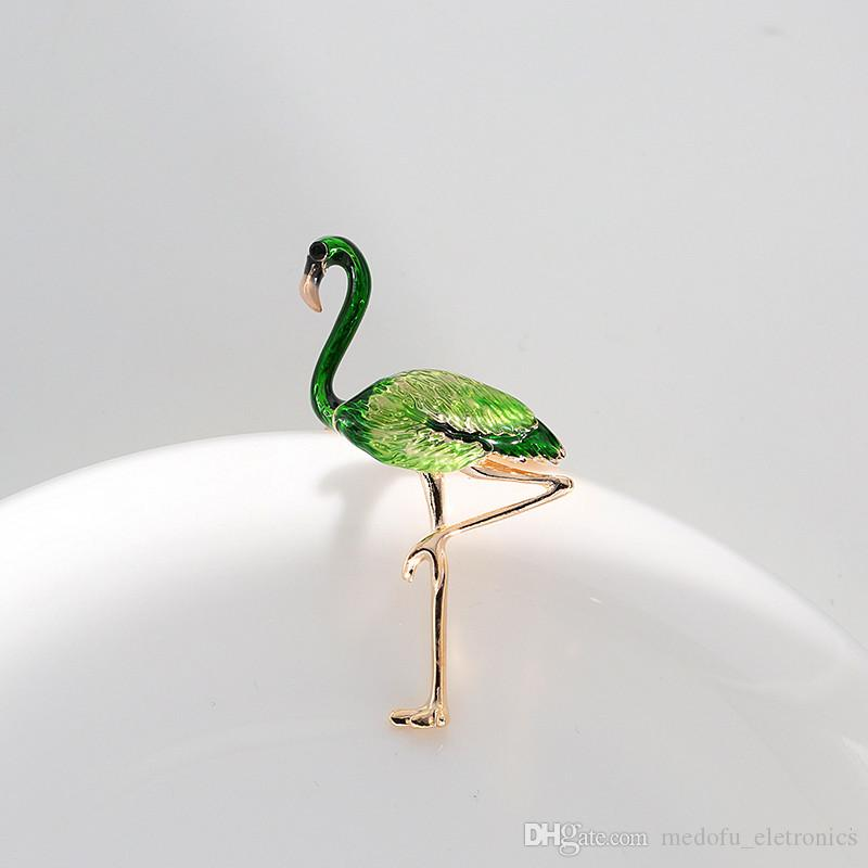 for Options New Fashion Brooch Pins Gold Plated Oil Painting Flamingo Brooches Pins for Girls Women NL-703