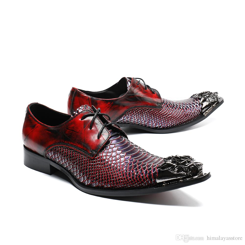 Moda italiana Men Dress Shoes moda Fish Scales dedo apontado sapatos de casamento sapatos de negócios Oxford com Metal