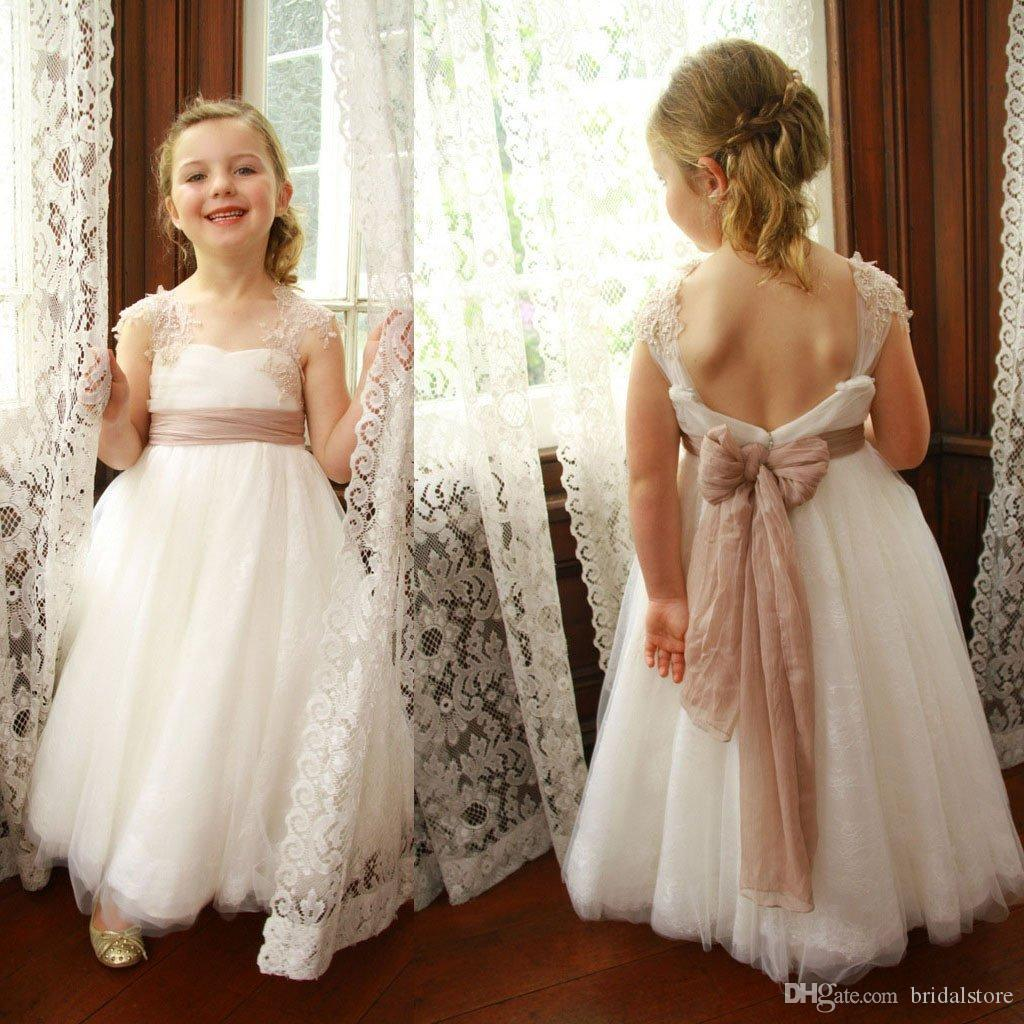Vintage White Cap Sleeve Lace Flower Girl Dresses A Line Sexy Backless Kids Prom Dresses With Bow Beautiful Girl Pageant Dresses For Wedding
