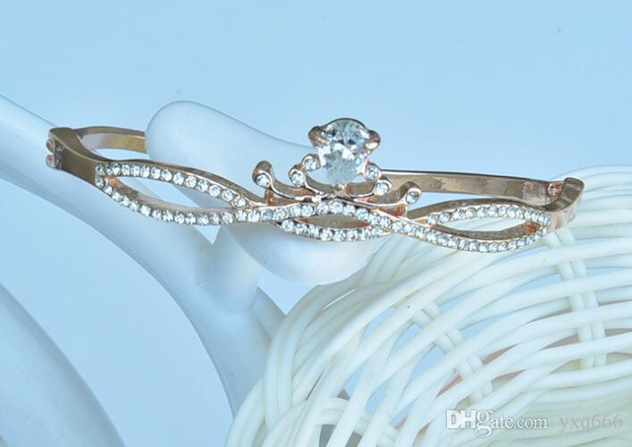 Ornamenti di gioielli di mano selvaggia semplice delle donne coreane dirette celebrazione regalo di compleanno - corona braccialetto