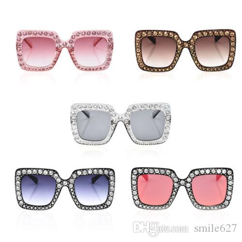 178d5223fbdf 2018 Hot Sale Fashion New Large Oversized Square Frame Bling Rhinestone  Sunglasses Women Fashion Shades JT Glasses Frames Glasses Online From  Smile627