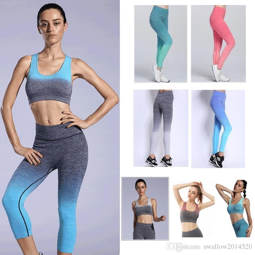 Acquista New Sport Suit Donna Tuta Yoga Set Fitness Gym Running Set  Leggings Sportivi Tute Attillate Abbigliamento Sportivo A  11.26 Dal  Swallow2014520 ... 5e22dad42a1