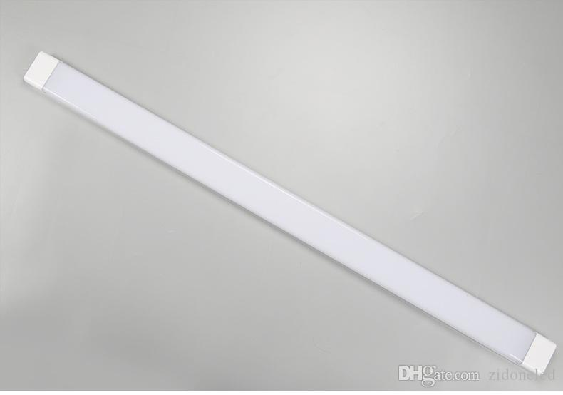 Plafoniere Tubo Led : Acquista tubo led batten a montaggio superficiale antifog