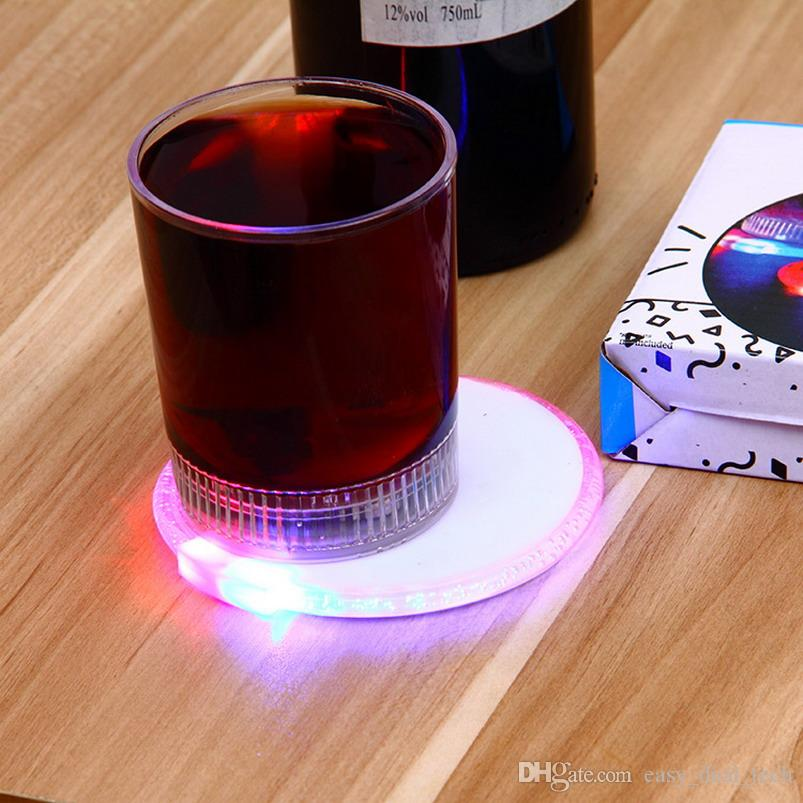 10cm 4 LED Flashing Lights Bulb Bottle Cup Mat Clubs Bars Party Round Acrylic Bottle Pad Ultra-thin Electronic Flash Coasters