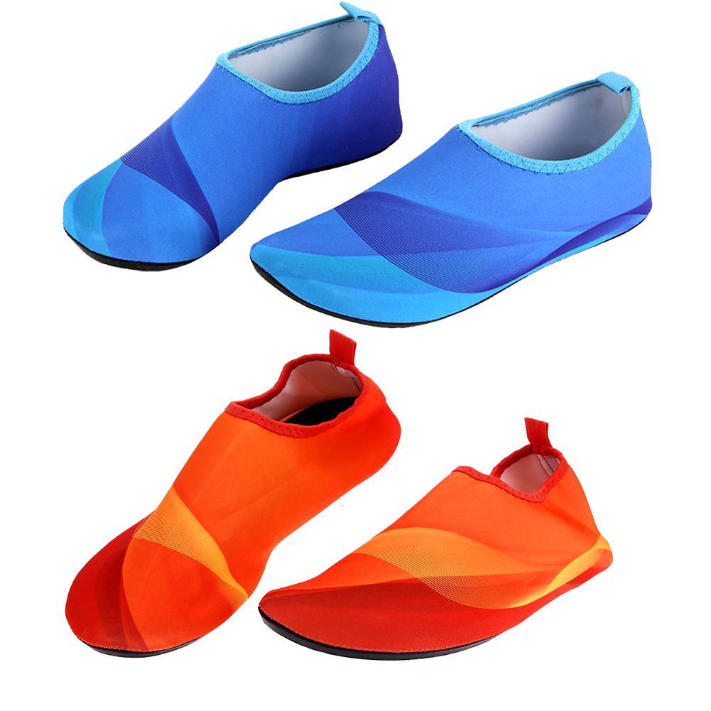 Compre 1 Par Unisex Zapatos Ligeros Antideslizantes De Verano Aqua Beach  Calcetines De Buceo Piscina Al Aire Libre Zapatos Deportivos Natación Aletas  M 3xl ... 9a2bcbb294a