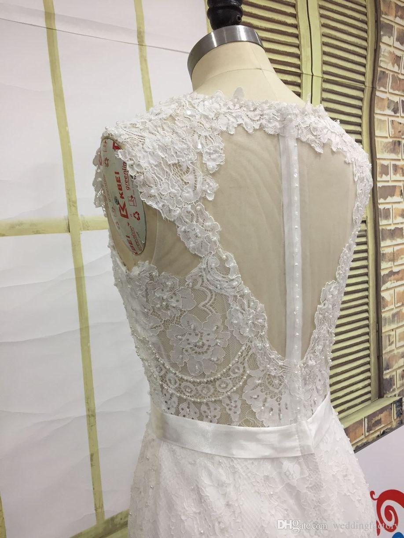 Vestido de casamento de laço de luxo brilhante V Pescoço cristais pérolas pérolas apliques ilusão de volta elegante vestido nupcial com trem arco de faixa trem