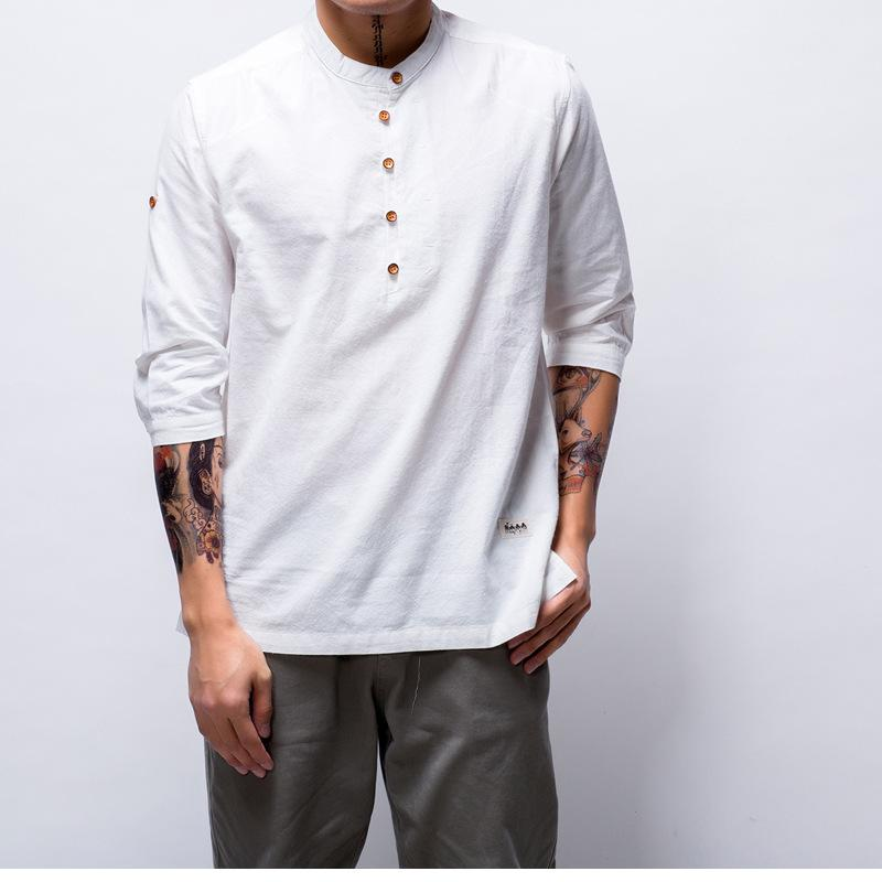 211e09c470 Compre 86 Nueva Moda Camiseta Para Hombre De Algodón Camisas De Lino Manga  Tres Cuartos Sólido Con Cuello En V Slim Fit Camisetas Estilo Chino Tapas  ...