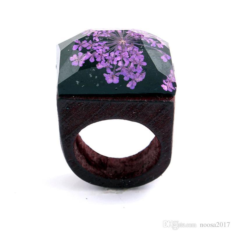Resin Gypsophila Wood Rings magnifier gypsophila flowers Wooden Rings for Handmade Miniature World Inside log Rings women Jewelry