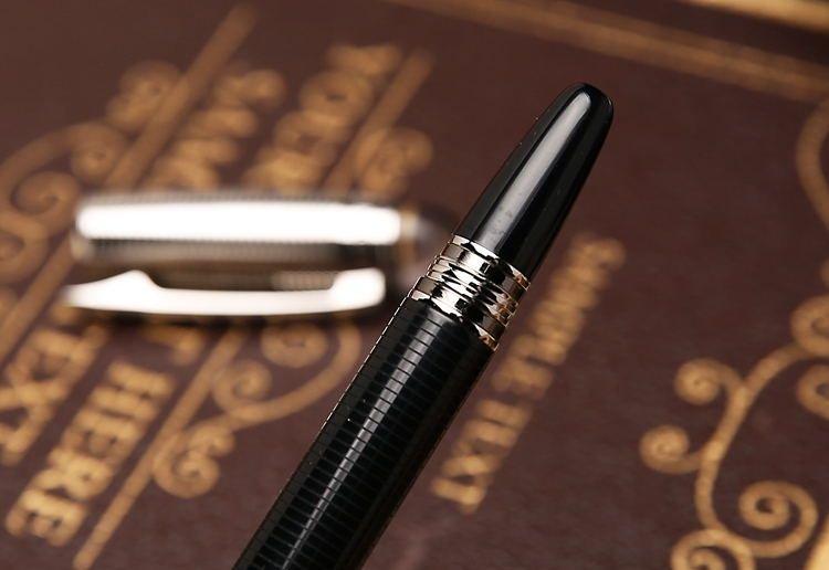 Enviar 1 bolsa de couro livre - alta qualidade Star-waikers Black Metal Rollerball caneta Caneta esferográfica Canetas com marcas de Monte Número de série